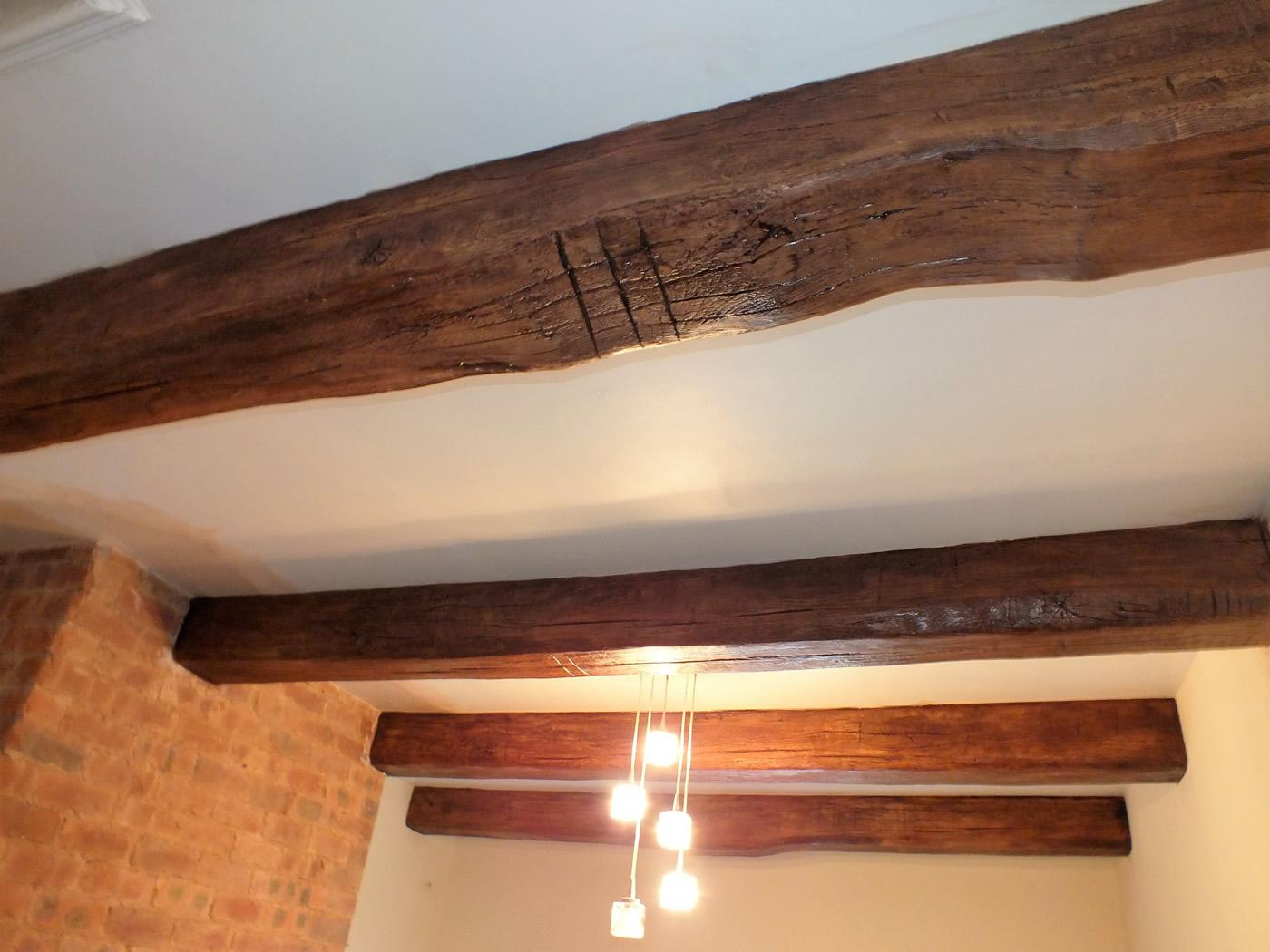 Medium oak replica beams