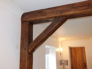 False oak posts